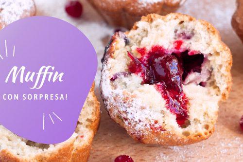 Muffin ripieno di marmellata ai frutti rossi